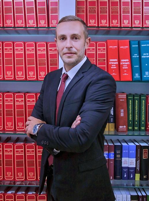 מיכאל פיינברג עורך דין לדיני משפחה וגירושין 2021